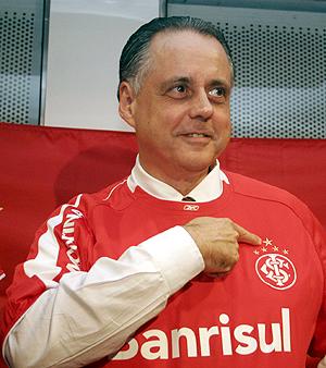Fernando Carvalho salary
